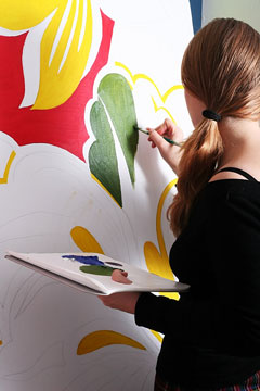 artist painting abstract art